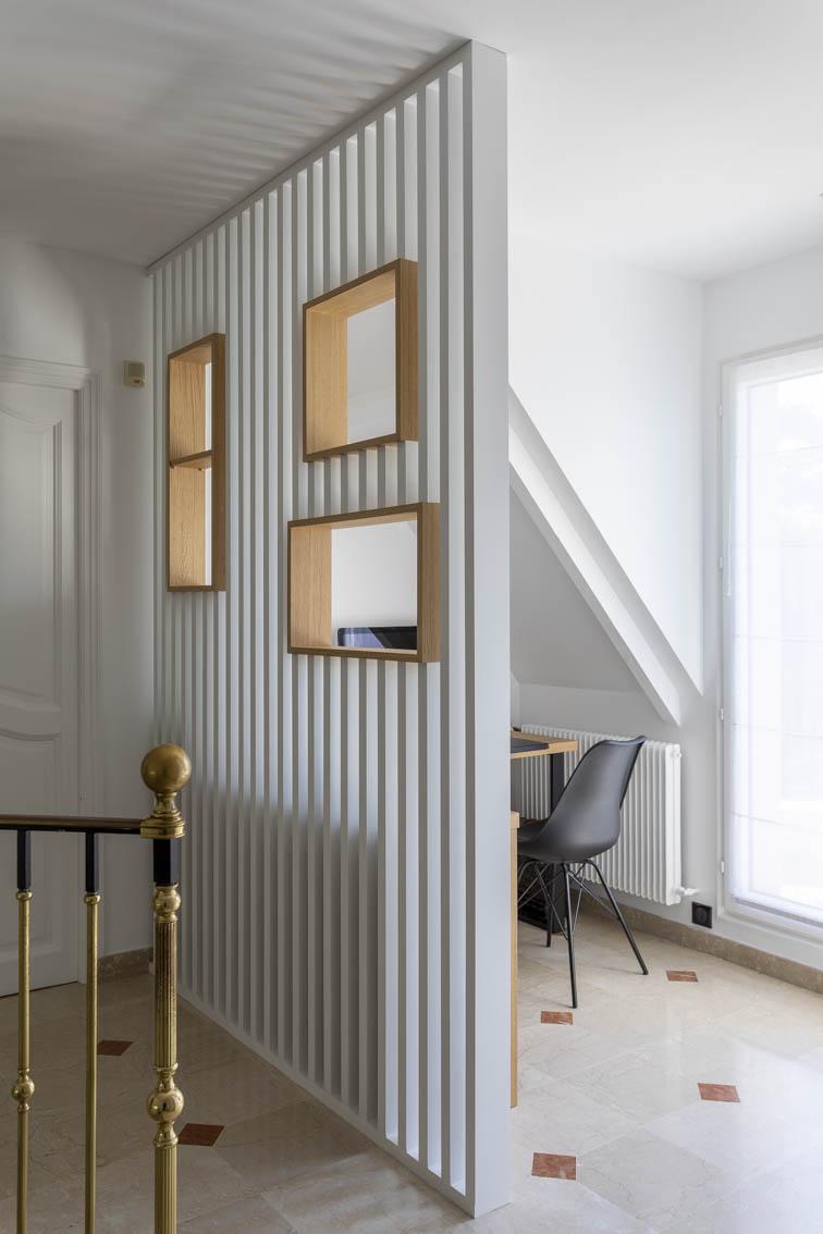 9-Relooking sur mesure Maison Chatou - Claustra avec niches espace bureau pour télétravail, by Christiansen Design, Architecte d'intérieur et Décorateur à Paris, Yvelines, Hauts de Seine, Provence