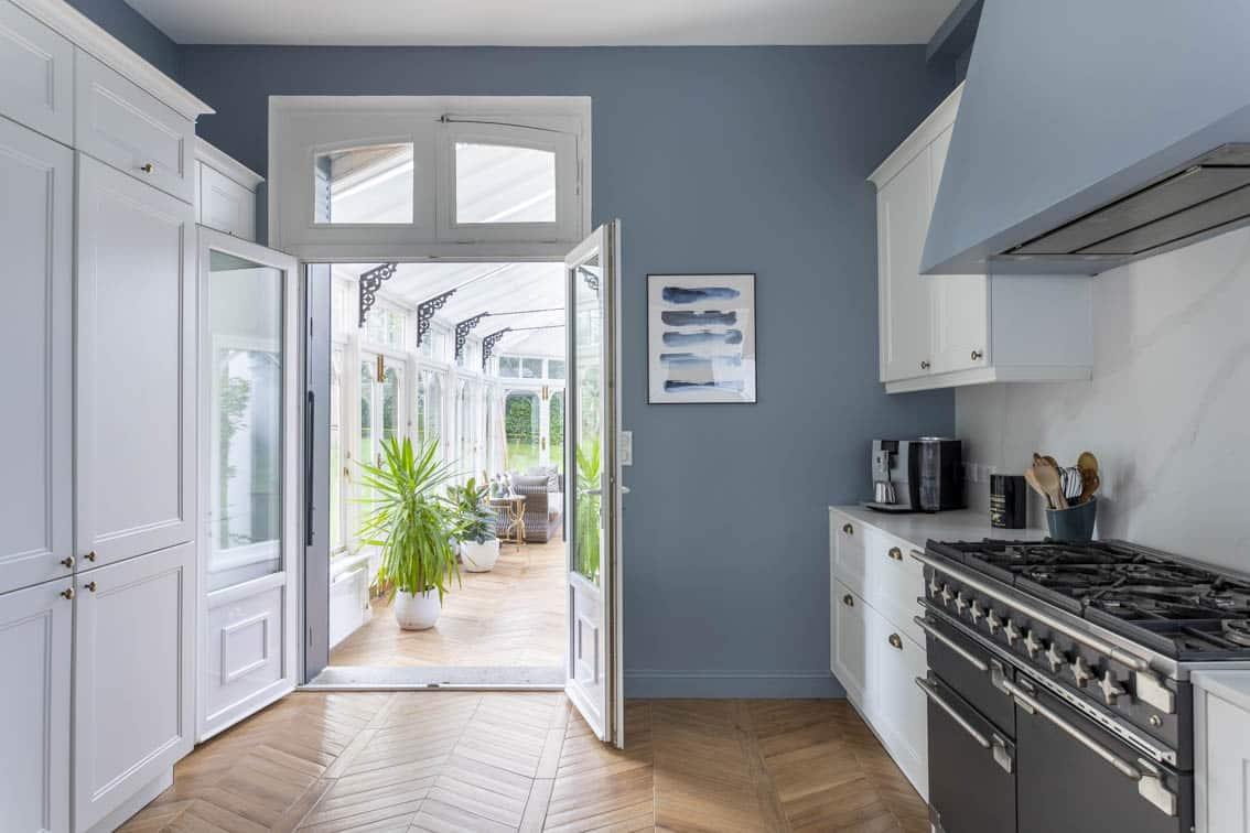 Perspective vers le jardin d'hiver, by Christiansen Design, Architecte d'intérieur et Décorateur à Paris, Yvelines, Hauts de Seine, Provence